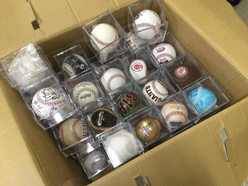 MLB野球ボール300個買取しました。